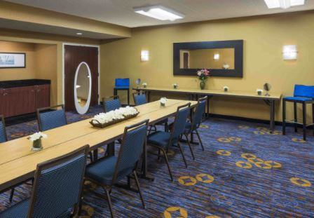 Courtyard By Marriott - Waukegan/Gurnee