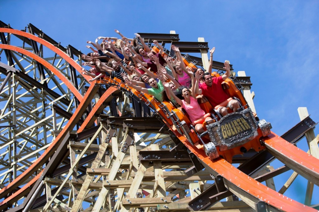 Goliath at Six Flags Great America & Hurricane Harbor in Gurnee