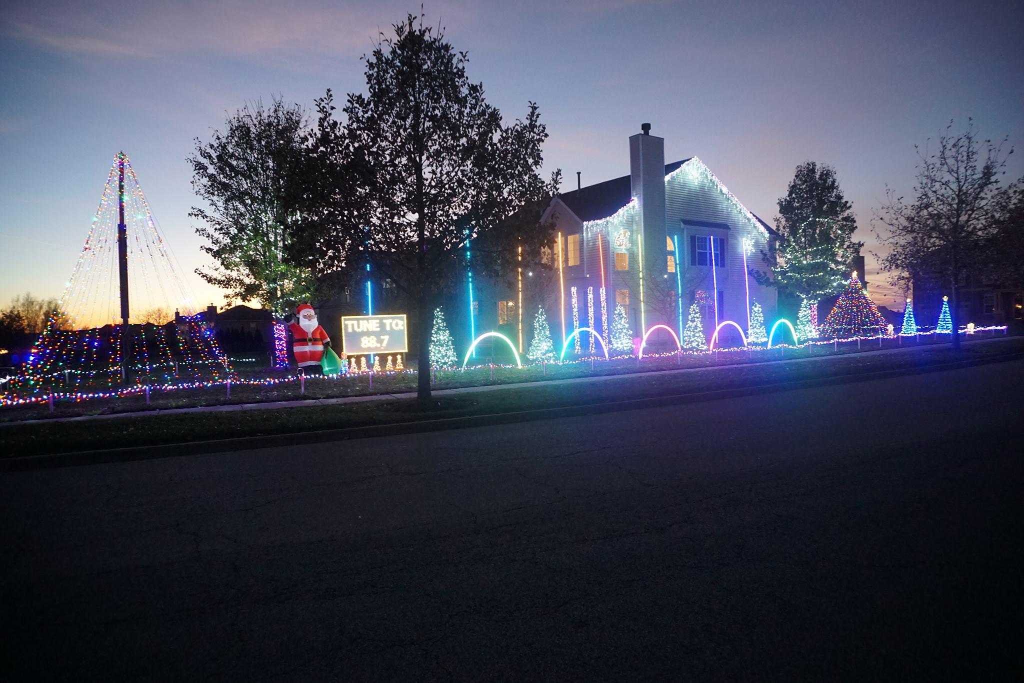 The Tarkowski Family Light Show in Antioch