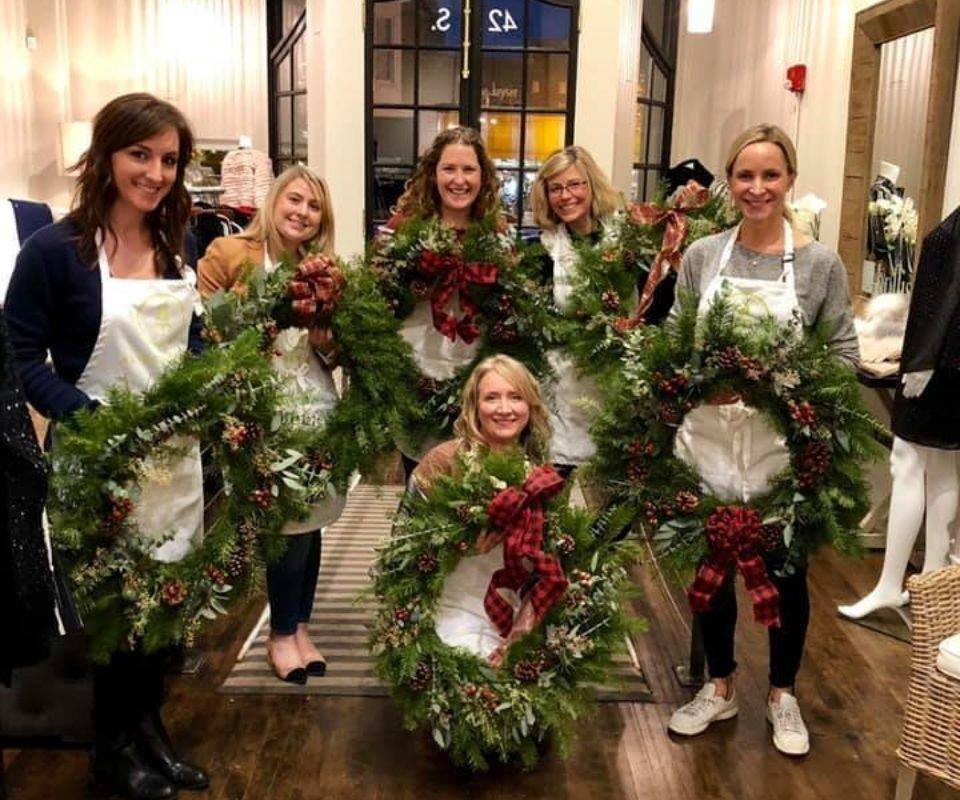 Deck Your Halls this Holiday Season! with Alice's Table at Lindy's Landing
