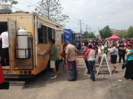 Lake County, Illinois, CVB - - Lincolnshire's Food Truck Fridays