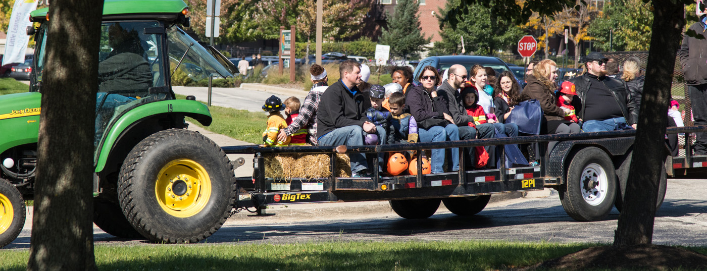 Trucks, Trunks, and Treats at Vernon Hills Park District