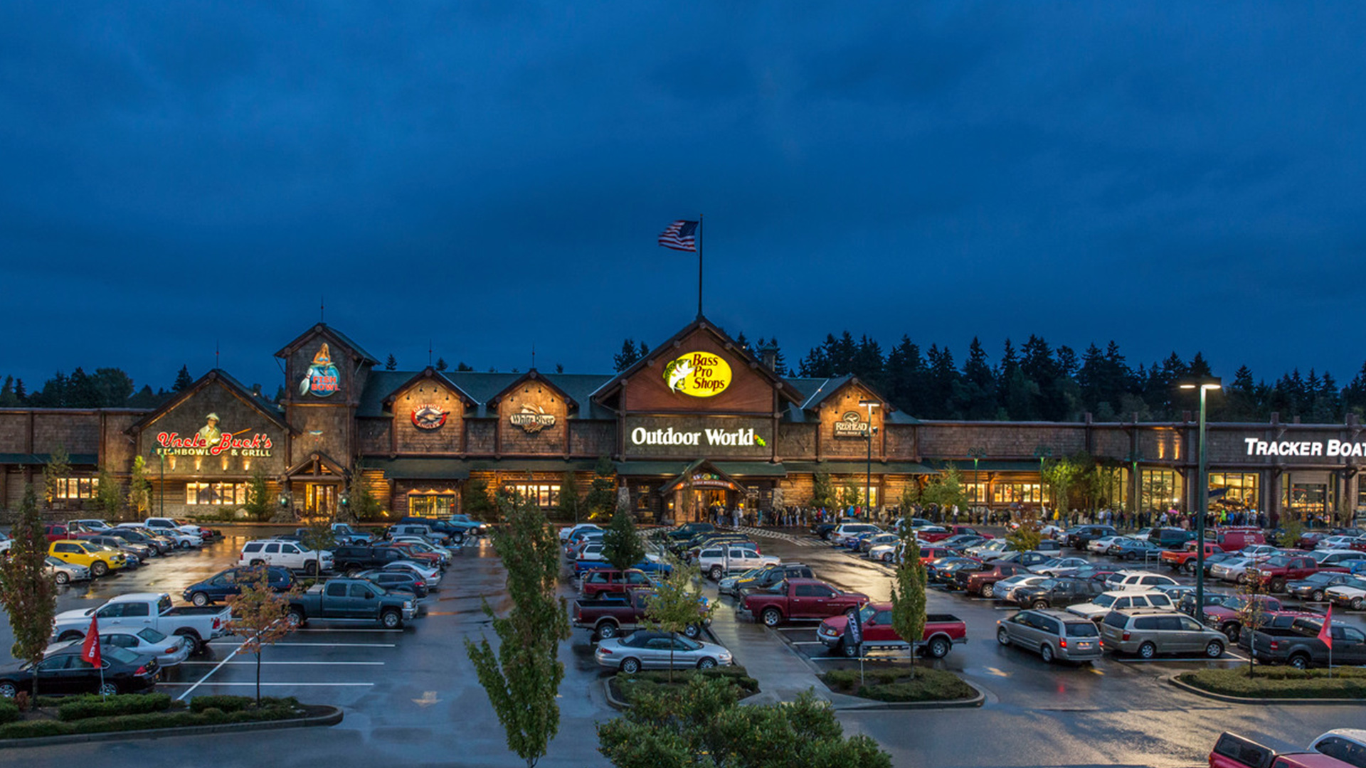 Bass Pro Shop's Labor Day Festival