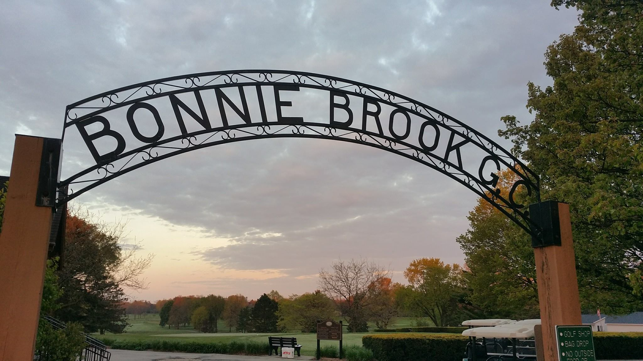 Valentine's Day Dinner at Bonnie Brook Golf Course