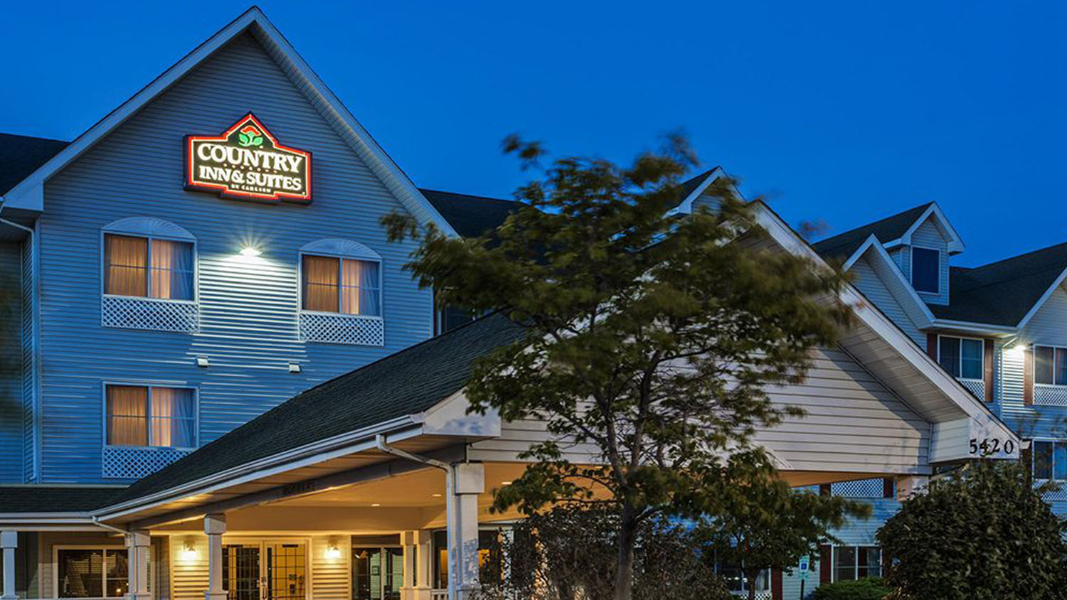 Country Inn & Suites - Gurnee