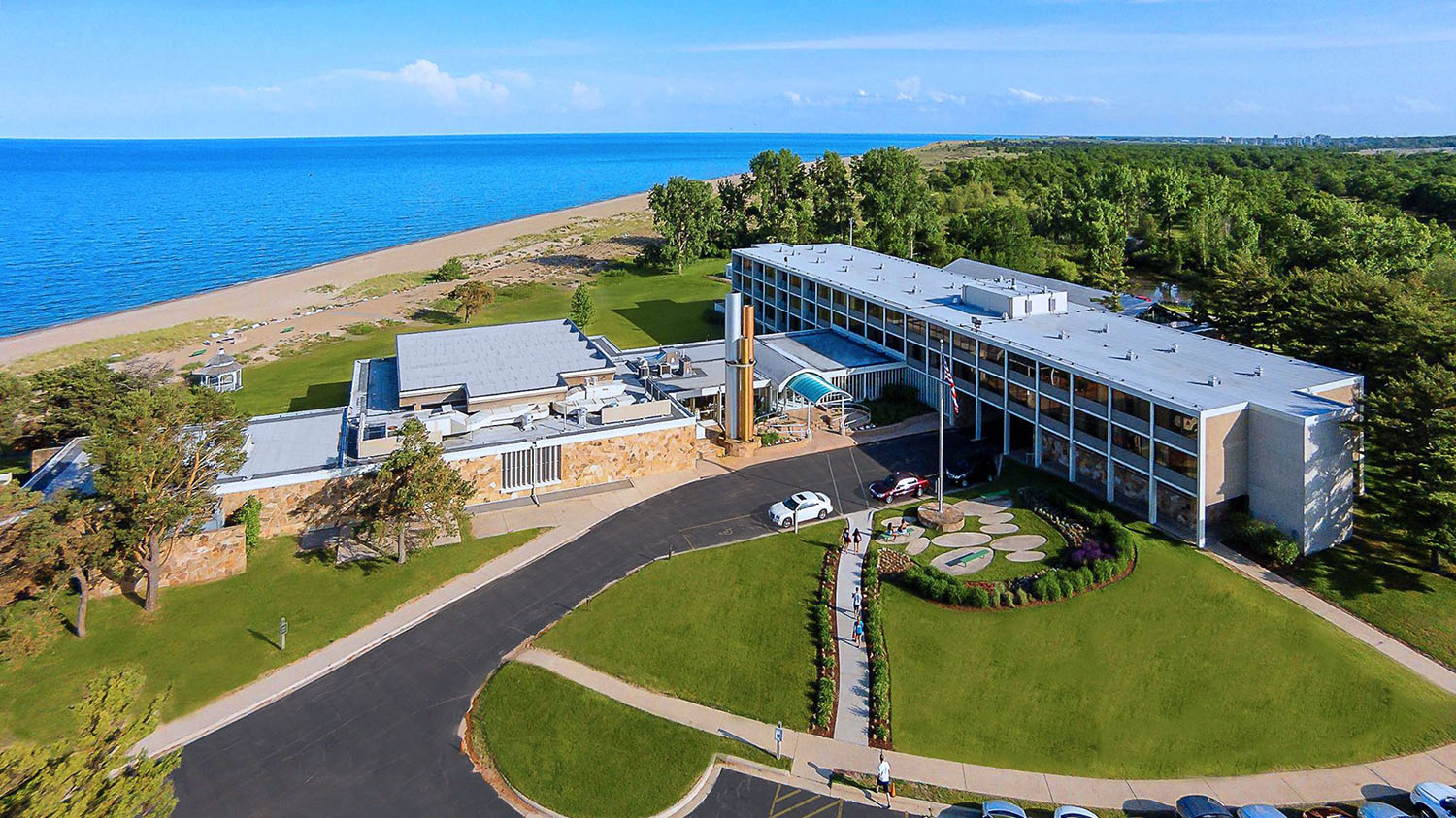 Illinois Beach Hotel