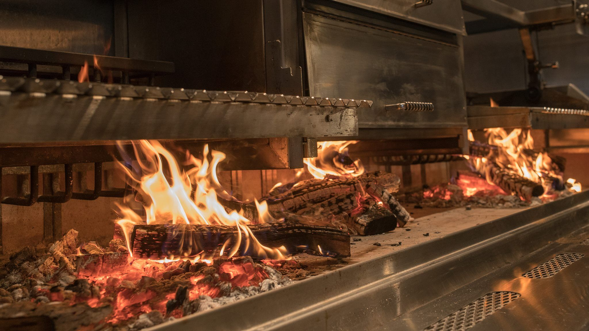 Three Embers at Lincolnshire Marriott Resort