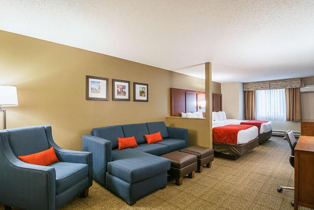 Comfort Inn & Suites in Grayslake