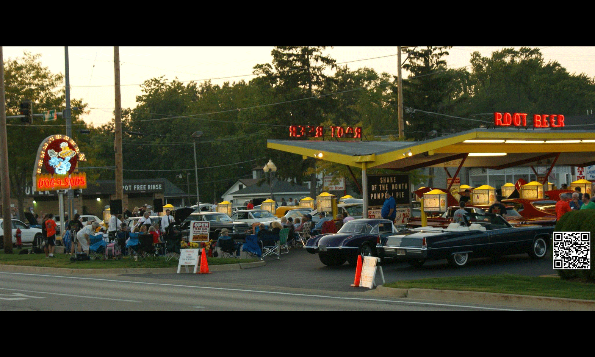 Dog N Suds Drive-In Grayslake