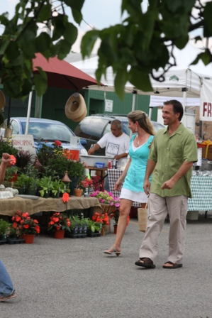 Antioch's Farmers Market - Click to Enlarge