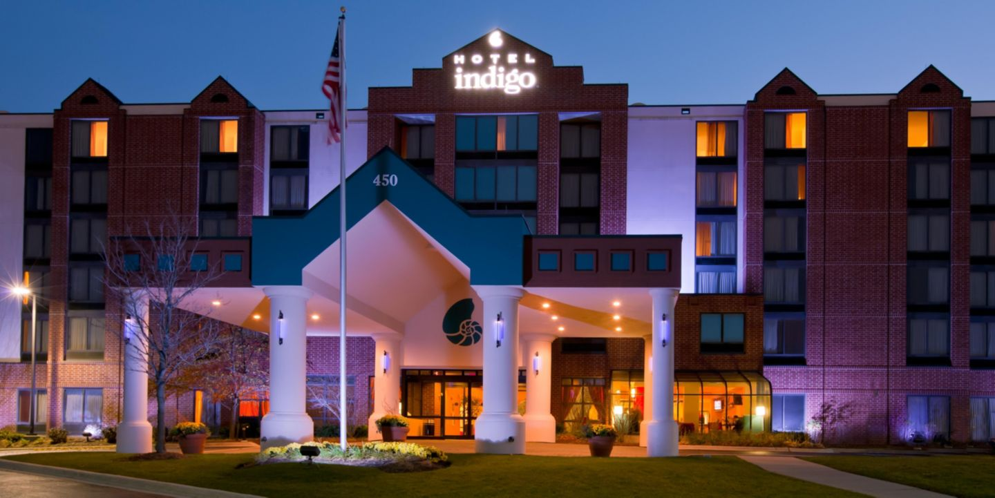 Office Space Package at Hotel Indigo Chicago/Vernon Hills