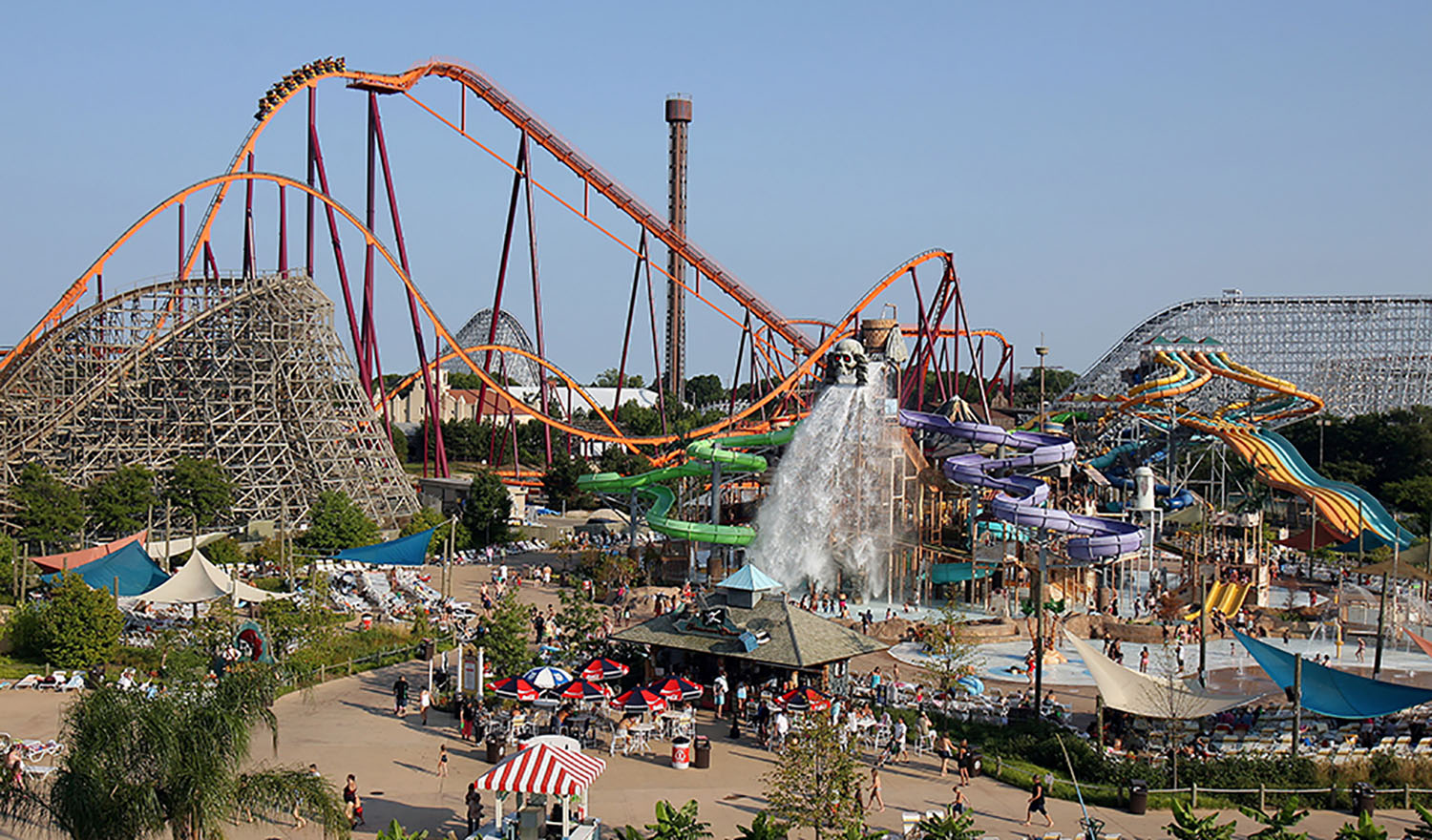Six Flags Great America and Hurricane Harbor - Click to Enlarge