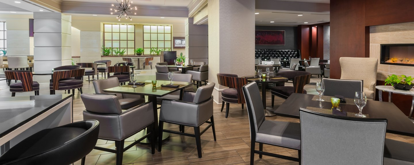 Parkway Grill at Chicago Marriott Suites