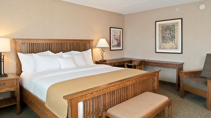DoubleTree by Hilton Libertyville-Mundelein - Click to Enlarge